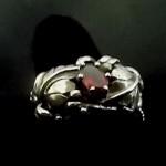 garnet ring 1.jpgGarnett ring